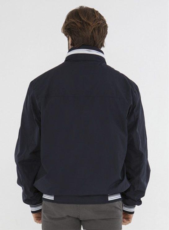 10577-main-back